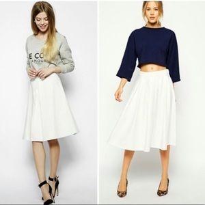 🌹 Banana Republic White A Line Skirt 🆕